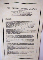 Poster with GPLv2 preamble, smaller image